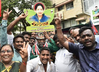 Jayalalithaa to come back as CM on Saturday