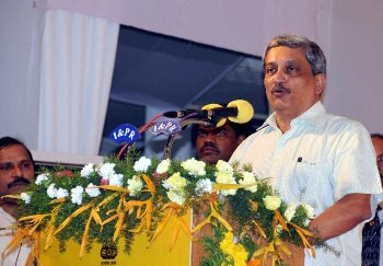 Octogenarian war hero boycotts Parrikar function