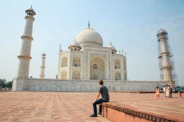 The Weekend Leader - Taj Mahal more stunning than I expected: Zuckerberg