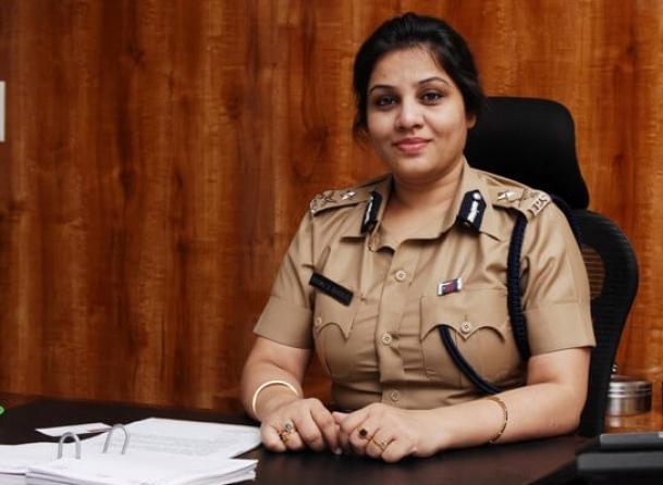 Super cop Roopa