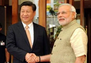 The Weekend Leader - Modi plays guide to Xi in Sabarmati Ashram