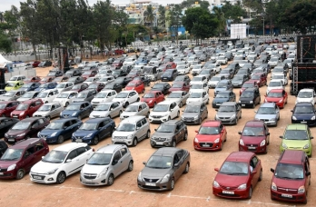 ?Festive season gives sequential push to Oct auto retail sales