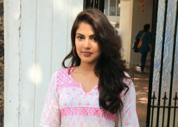 Mumbai court reserves order on Rhea's bail plea till Fri