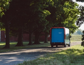 Amazon introduces 1st custom electric delivery vehicle