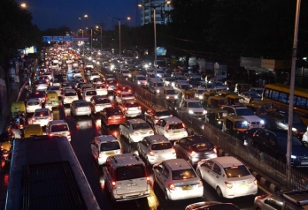 ?Turnaround: August domestic passenger vehicles' sales rise