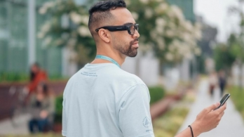 100 Facebook employees to test future AR glasses on campus