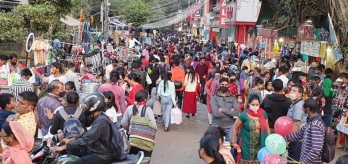 Likely shutdown of Delhi markets solicits mixed response from shopkeepers