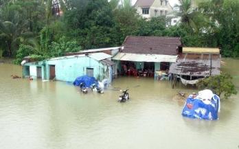 ?90 dead, 34 missing in Vietnam floods, landslides