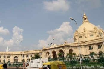 UP Assembly session begins under Covid shadow