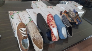KVIC to get aggressive with khadi footwear, with eyes on Rs 1,000 cr market share