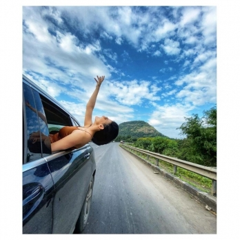 Amyra Dastur gets poetic, shares a snapshot from her road trip