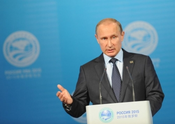 Putin urges to remove barriers to medical cooperation