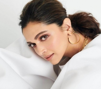 ?Deepika cuts short Goa shoot; takes chartered flight to Mumbai