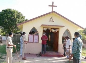 ?Andhra steps up vigil at places of worship