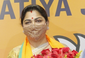 Khushbu detained on way to protest rally