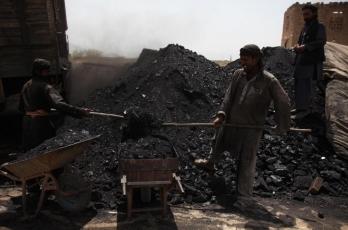 Illegal coal mining: CBI raids 45 locations in 4 states (Ld)