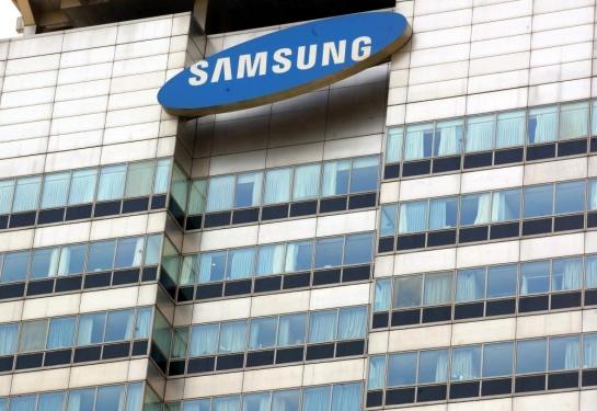 Samsung tops global smartphone prod
