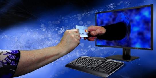 E-commerce platforms achieve record