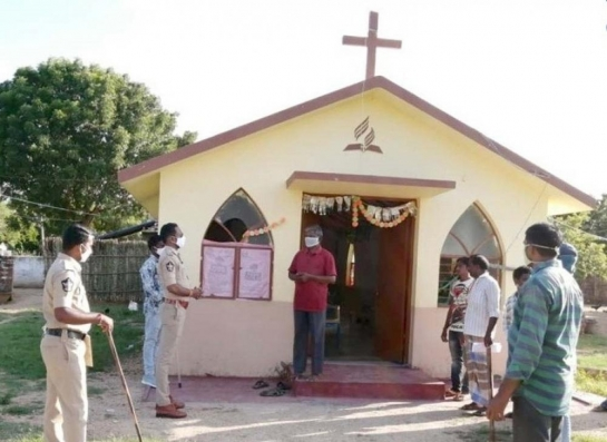 ?Andhra steps up vigil at places of